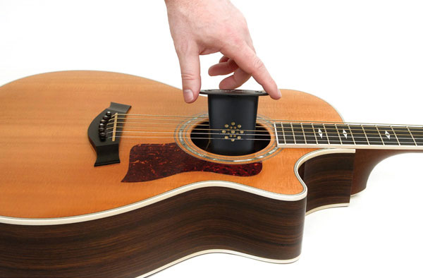 Planet-Waves-Acoustic-Guitar-Humidifier